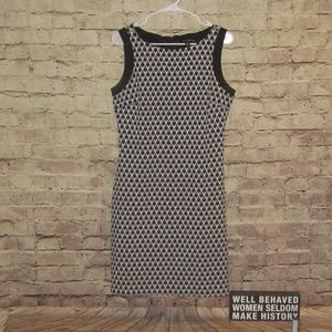 Beautiful black & white stretchy fitted dress